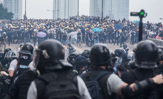 Hong Kong protesters desecrate China's flag