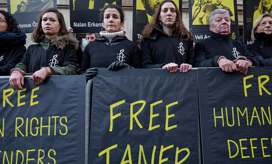 Turkish Court Reverses Release of Jailed Amnesty International Chair